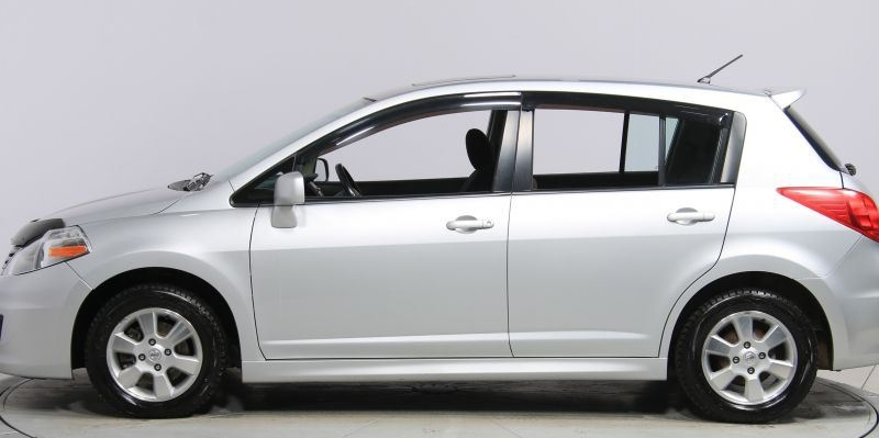 Nissan Versa 5-Door (2007-2012)<br>FormFit Side Window Visors