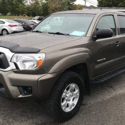 Toyota Tacoma (2012-2015)<br>FormFit Hood Protector