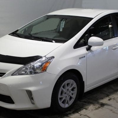 Toyota Prius 'V' (2012-Up) FormFit Hood Protector