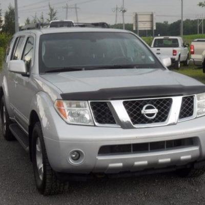 Nissan Pathfinder (2005-2007) FormFit Hood Protector